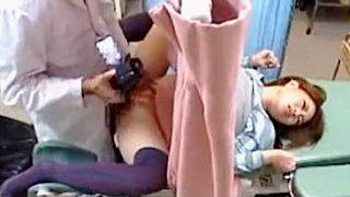 【盗撮動画】病院選びをしくじったギャルがドスケベ婦人科医師に治療と称して犯されてますた♪