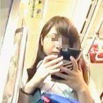 【盗撮動画】粘着された可愛いJK!パンチラ率激高の青チェック制服ミニスカ女子校生♪