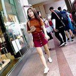 【盗撮動画】東アジア系の女の子のパンチラは何の違和感もなく興奮MAXで楽しめる件♪