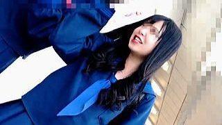 【盗撮動画】S級女子校生は撮り師に毎日マークされてるからパンティ選びにも気を使うらしい♪