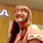 【盗撮動画】笑顔を絶やさない感じのいい店員さんだったので丁寧にパンチラ撮ってあげますた♪