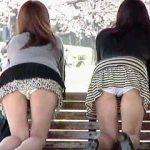 【盗撮動画】春の陽気に誘われて雌しべを包むパンティを日の下に晒してる無邪気なギャルたち♪