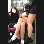 【盗撮動画】パンチラは頂いてもあんまり関わりたくはない行儀が悪すぎる女子校生たち♪