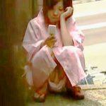 【盗撮動画】野外浴衣パンチラでボクらの股間をメルトダウンさせたあの日あの夏の女の子♪