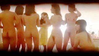 【盗撮動画】ヌキ過ぎ注意!貸切り風呂で集団全裸入浴を隠し撮りされたサークル女子大生たち♪