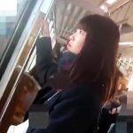 【盗撮動画】ターゲットとしては上玉レベルな女子校生のパンチラをストーカー粘着逆さ撮り♪