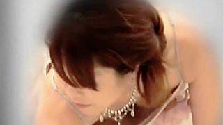 【盗撮動画】厳かな結婚披露宴会場で華やかなドレスを纏った淑女たちの猥褻物レベルの胸チラ♪