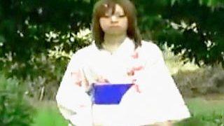 【盗撮動画】ギャルは浴衣着ちゃダメ!日本古来の様式美を破壊するだらしない娘たちを成敗♪