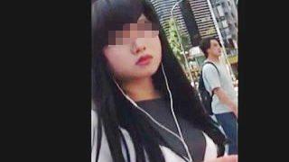 【盗撮動画】少女から大人の女性になりかけてる女の子のエロスの激臭漂うパンティを逆さ撮り♪